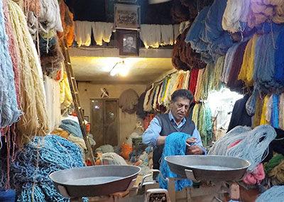 Wolle im Bazar kaufen