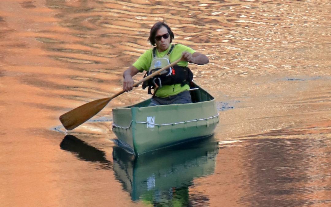 HIDDEN LAKE GLIDING-SWISS ALPS